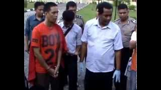 getlinkyoutube.com-Dosen UNAND bunuh istrinya karena cemburu