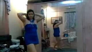 getlinkyoutube.com-رقص منزلي خاص بالأزرق القصير