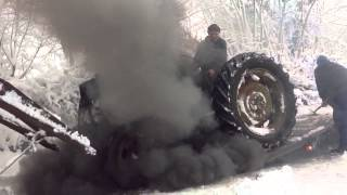getlinkyoutube.com-Fordson major old smokey!!!!