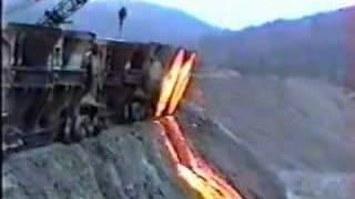 getlinkyoutube.com-Dumping slag at Bethlehem Steel in 1994