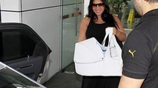 Ex-BBB Priscila Pires deixa maternidade com o filho view on youtube.com tube online.