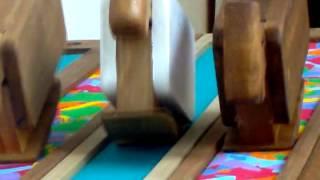 getlinkyoutube.com-EL GATO QUE PIENSA: Juguetes que caminan