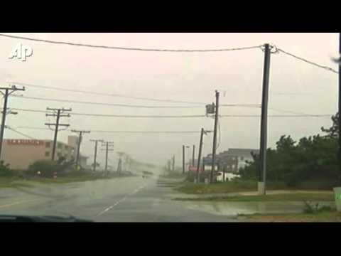 Hurricane Irene Slams Into North Carolina Coast