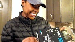 getlinkyoutube.com-Dumpster Diver gets a GOPRO Hero 5  BLACK {Unboxing} | Best Gift Ever!