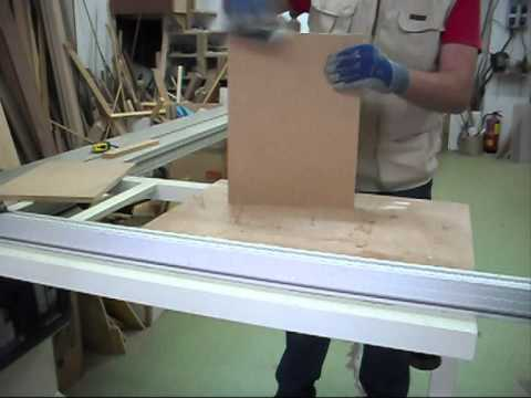 Trabajo en taller de carpinterIa de madera.wmv