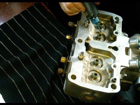 Как проверить маслосьемные колпачки, или сальники клапанов.