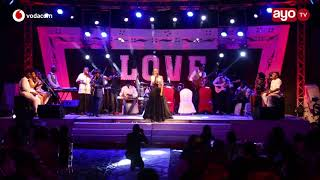 Nandy alivyo Perform Kivuruge LIVE na Band Escape One DSM