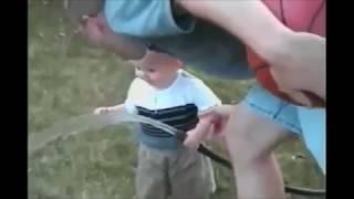 getlinkyoutube.com-Приколы. Прикольное видео Смешное видео. Самое смешное видео в мире. Самые смешные приколы