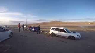 getlinkyoutube.com-Subaru forester pull others from sand