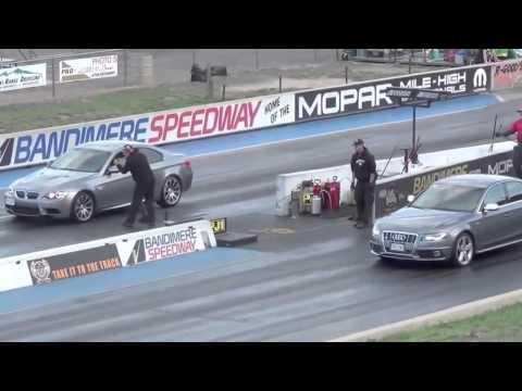 Драг Гонки БМВ М3 против Ауди RS 4 BMW M3 vs AUDI RS 4 Drag Race
