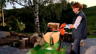 getlinkyoutube.com-Posch Ruckzuck woodsplitter