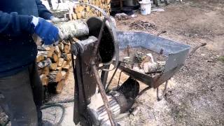 getlinkyoutube.com-Piła do cięcia drewna