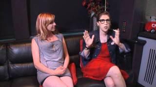 getlinkyoutube.com-Mayim Bialik and Kari Byron Comic-Con Interview