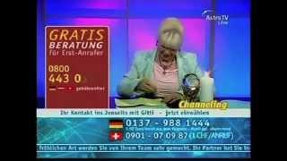 getlinkyoutube.com-FKTV-Klassiker: 10 skurrile Momente aus Astro-TV