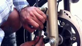 getlinkyoutube.com-How to open front calliper assembly on TVS Apache RTR 180 PART 1