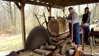 getlinkyoutube.com-Cutting a large walnut log with a small blade on a Frick sawmill