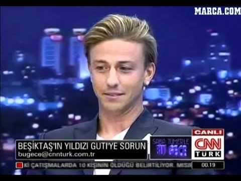 Guti le tira los tejos a una presentadora turca.flv