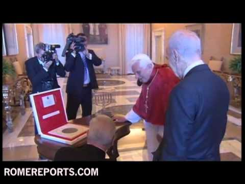 Shimon Peres meets the Pope