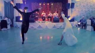 getlinkyoutube.com-GEORGIANS dance GREAT at Georgian wedding