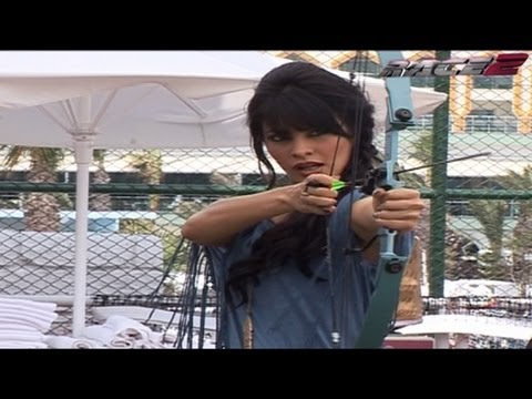 Archery Competition Saif v/s Jacqueline from Race 2 - Behind the Scene