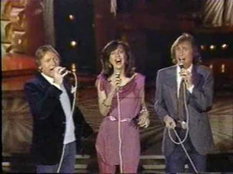 Righteous Brothers &amp; Marilyn McCoo sing Soul &amp; Inspiration SOLID GOLD, 1982