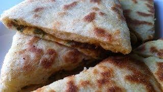 getlinkyoutube.com-Moroccan Stuffed Pan Bread Mkhamer ( مخامر معمرين بالكفتة و الخضر(مترجم للعربي