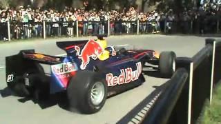 F1 Red bull 大阪城公園でのイベント2 迫力のスピンターン!