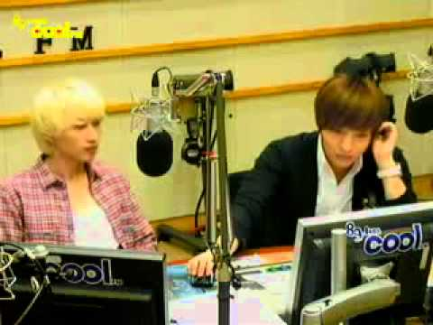 110909 Eunhyuk Leeteuk dance I AM THE BEST(2NE1)