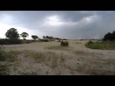 Audi 100 2.8 Quattro on sand