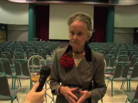 Lorraine Warren Full Interview