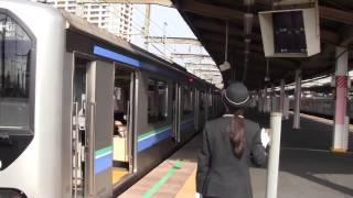 getlinkyoutube.com-【埼京線】70-000系 武蔵浦和入線発車 美人女性車掌の発車メロディ コーラルリーフ