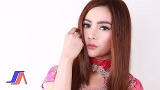 getlinkyoutube.com-Salsiah   Enaknya Dikamu video lirik