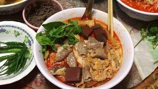 getlinkyoutube.com-Khao Poon Chicken Red Curry Soup (LAO FOOD) Home Made By Kaysone