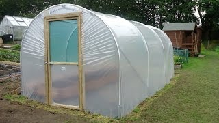 getlinkyoutube.com-How to Build a Polytunnel | Polytunnel Construction