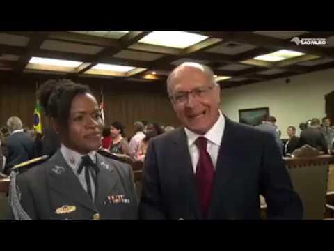 Coronel Helena tomou posse como secretária-chefe da Casa Militar.