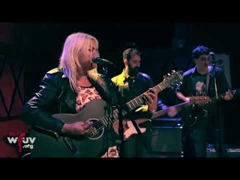 elle-king-exs-and-ohs-live-at-rockwood-music-hall-for-wfuvs-cmj-showcase-wfuv-public-radio