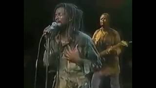 Lucky dube freedom fighter -LIVE