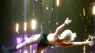 P!nk - Part of Get the party started - Live in Berlin