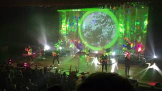 Hillsong UNITED - 'Wonder' at Ryman Auditorium (mobile clip)