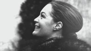 """ROMY - Julien Doré et extraits vocaux de Romy Schneider dans 'Cesar et Rosalie"""" de Claude Sautet"""