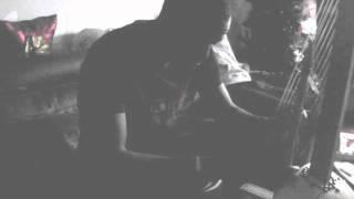 Ballaké Sissoko joue avec une Kora Hardino Deluxe