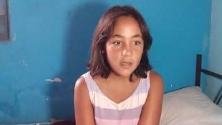 Menina que tinha 10 anos agora tem 12 e ainda tem medo das coisas