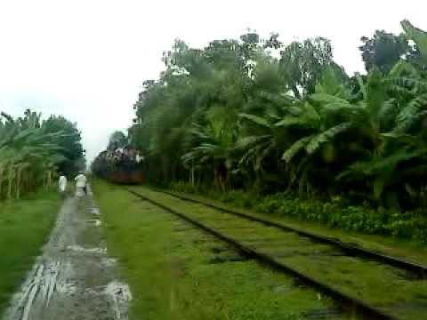 Bangladesh Railway Goalondo ghat bound shuttle train  video with Alco 6008 loco.MP4