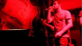MP4 . Ornatos Violeta - Ouvi Dizer (cover)