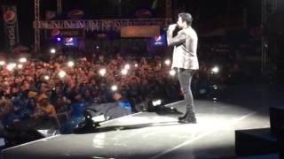 Chayanne dejando un mensaje de corazón a Honduras