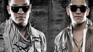 Dyland & Lenny Ft Zion & Lennox - Tu Cuerpo Es Ley