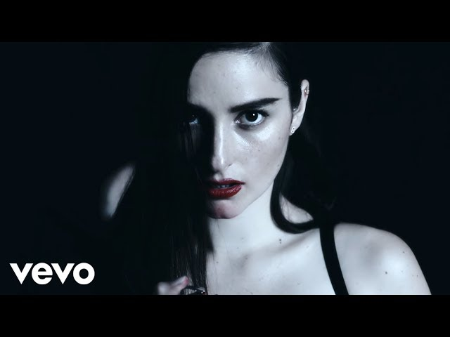 Videoclip oficial de 'I Fuck With Myself', de Banks.