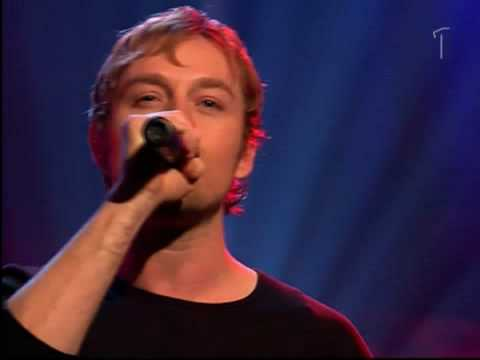 darren-hayes-insatiable-live-sondagsoppet-2002m2v-helenlazar