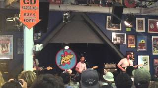 "Fidlar ""West Coast"" live at Amoeba Record 2015"