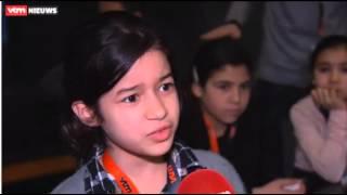 TADA-kinderen van antenne Molenbeek bezoeken VTM Nieuws